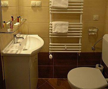 Cuarto de baño elegante en el City Hotel Budapest - Hotel de ...